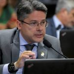 alessandro_vieira_senador_foto_pedro_franca_agencia_senado_30042019-750×430.jpg